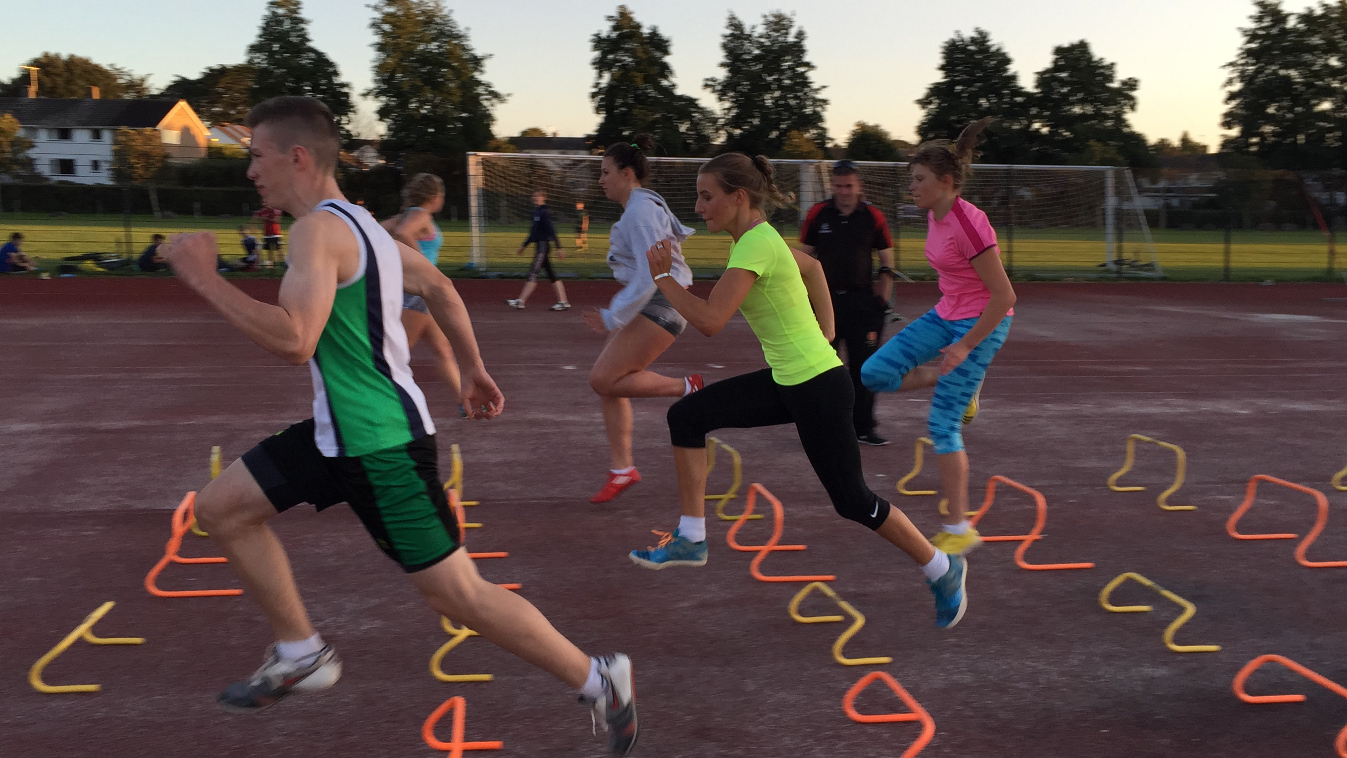 Taunton AC Thursday Juniors (5.30-6.30) and Seniors (6.45-8pm)